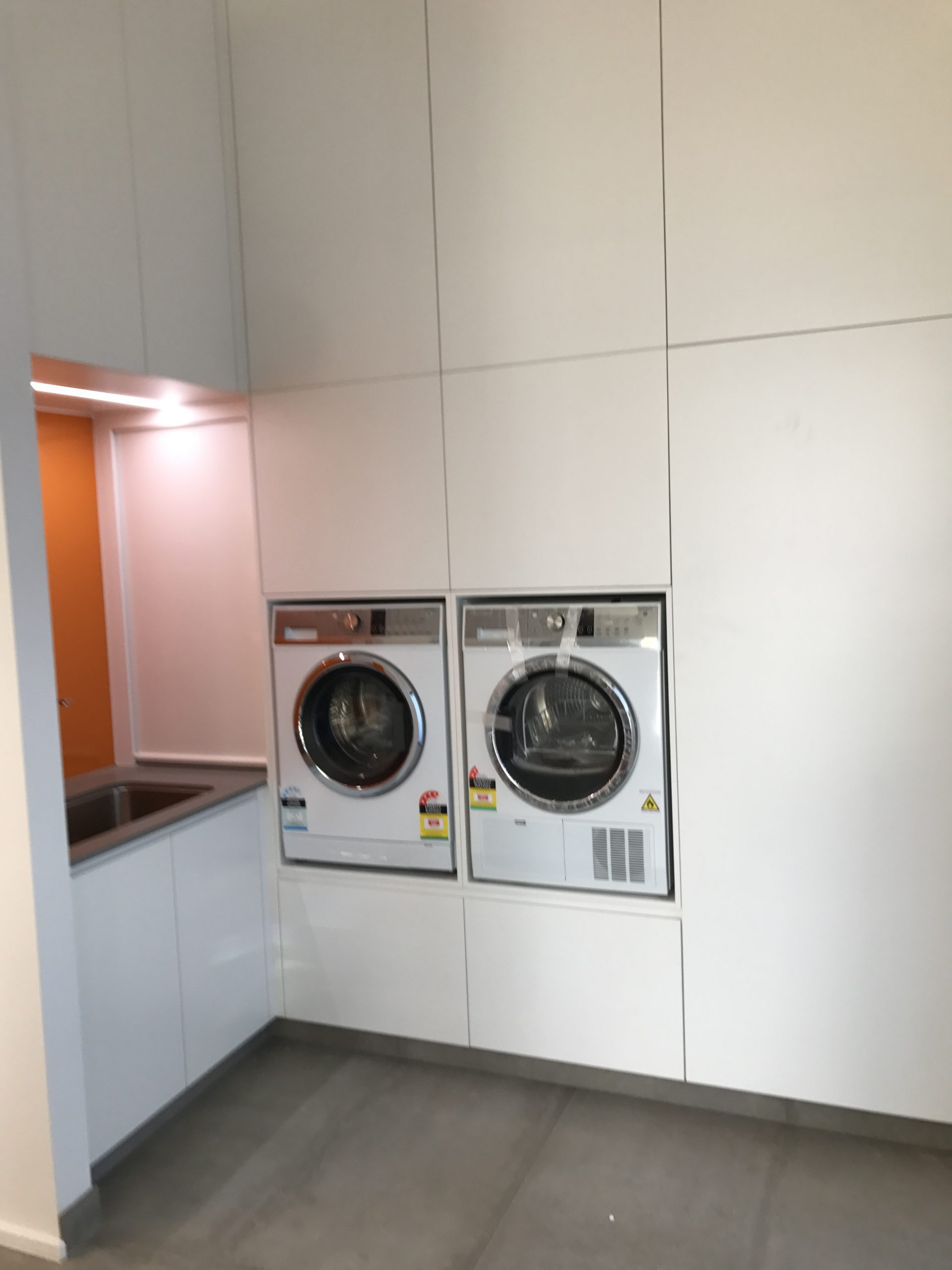 Troy Roberts - PRODUCTS LAUNDRY CABINETS 1ST IMAGE
